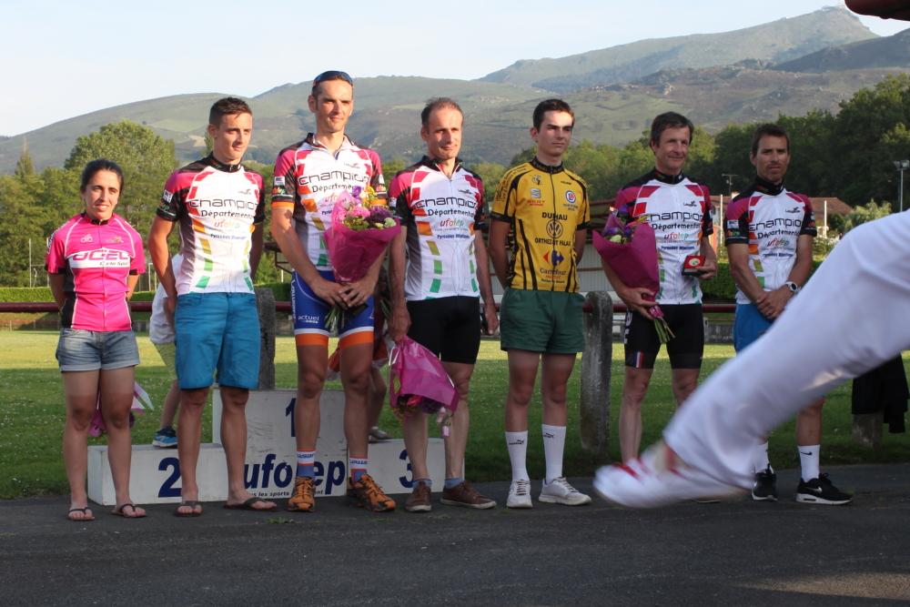 podium01101