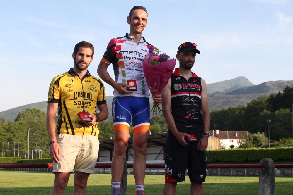 podium0183