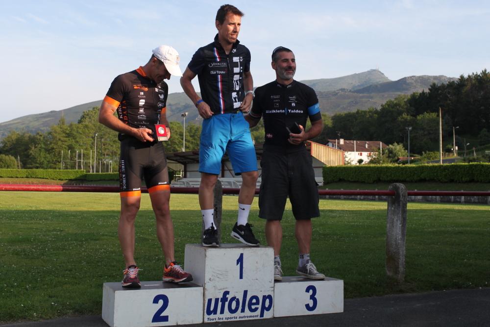 podium0185