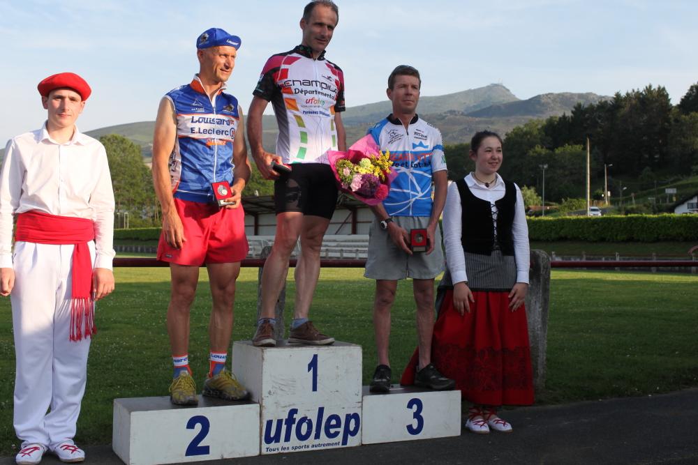 podium0192