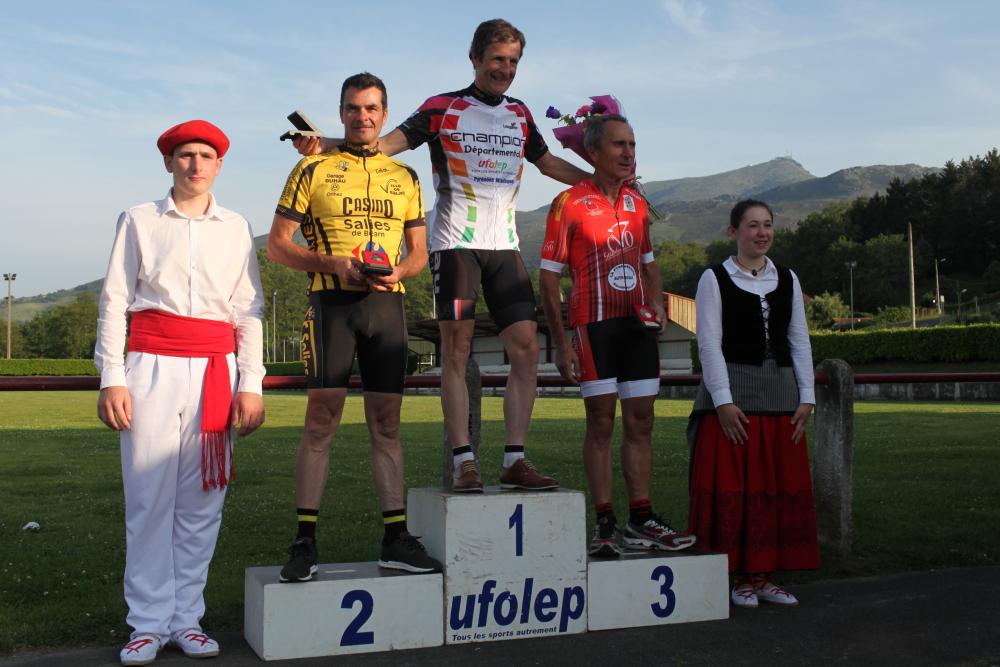 podium0195